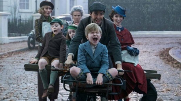 xEmily-Blunt-e-Mary-Poppins.jpg.pagespeed.ic.0DhLaigNVW
