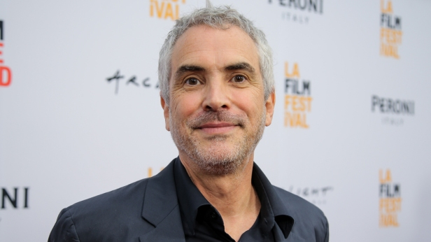https://cinemanickelodeons.files.wordpress.com/2019/01/alfonso-cuaron.jpg