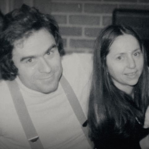 ted-bundy-girlfriend-elizabeth-kloepfer-1556545437